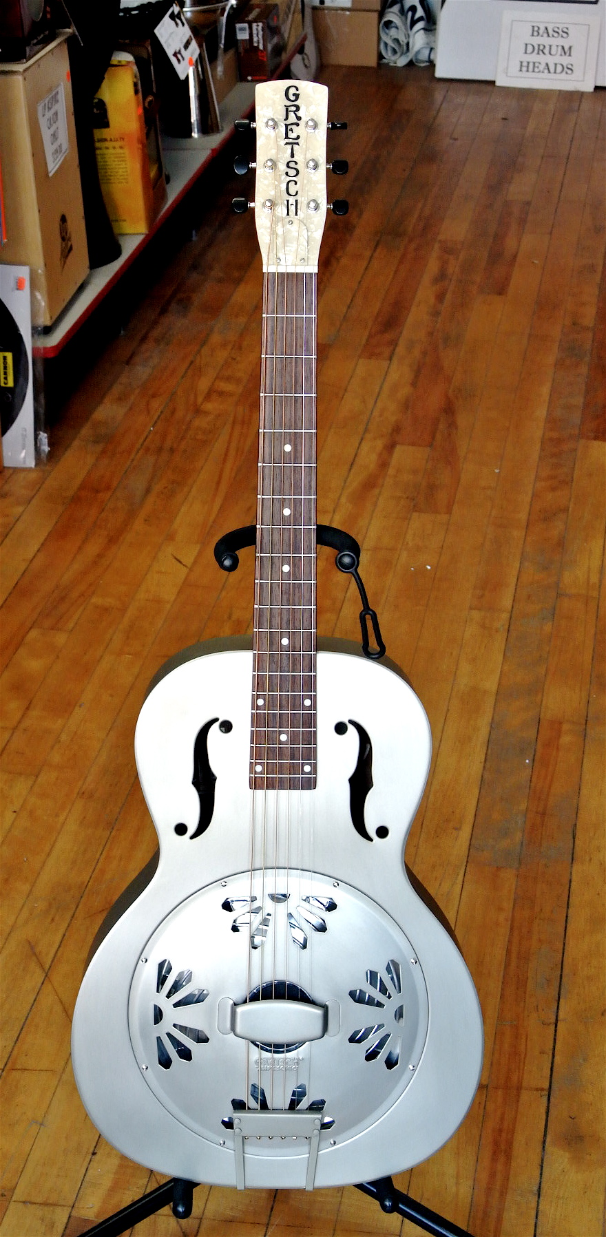 Used Gretsch G9201 Honeydipper- Metal,Round Neck.