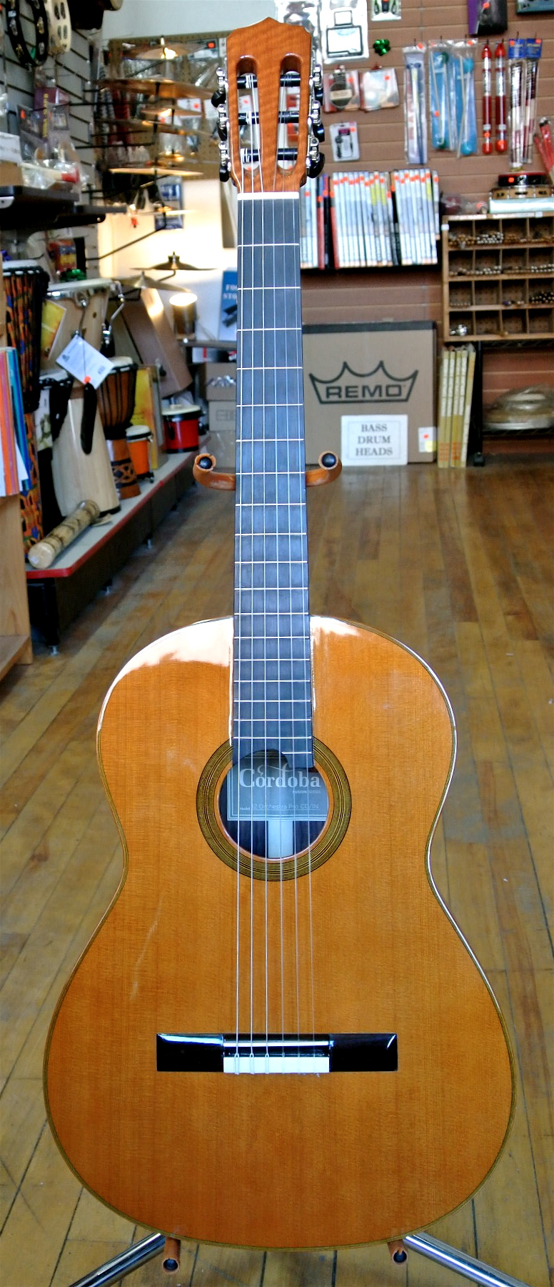 Used Cordoba Fusion 12 Orch. Pro CD/IN